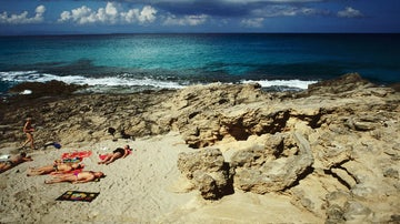 Top 10 places to go skinny dipping