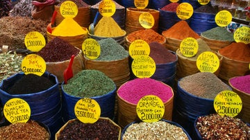 Top 5 Istanbul cooking courses and food tours