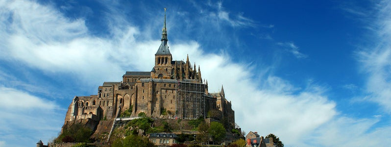 Mont Saint Michel by Valdiney Pimenta