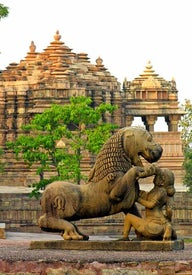 Temples and monuments in India