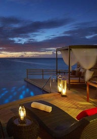 Top romantic resorts in the Maldives