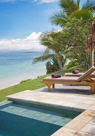 Honeymoon and luxury resorts in Fiji
