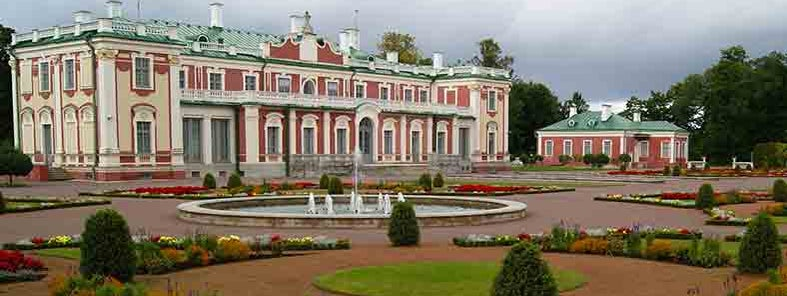 Kadriorg Palace by Guillaume Speurt