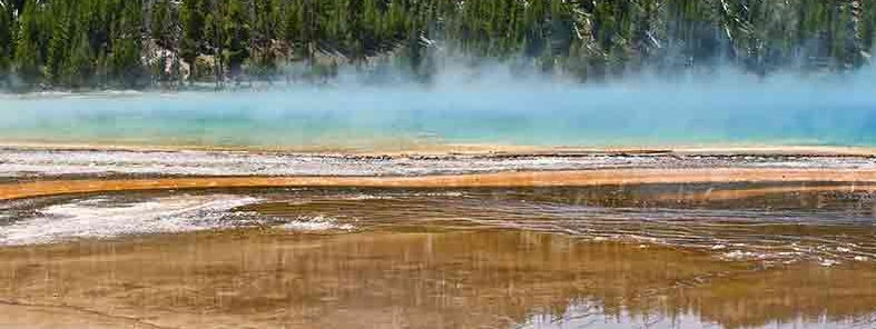 Geyser Country by Linda Tanner