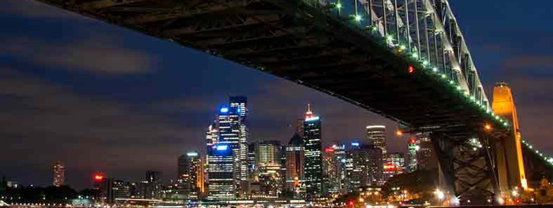 Sydney City from Milsons Point by Tim Archer