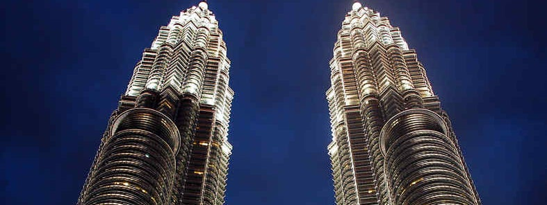 Petronas Towers by Gavin Firkser