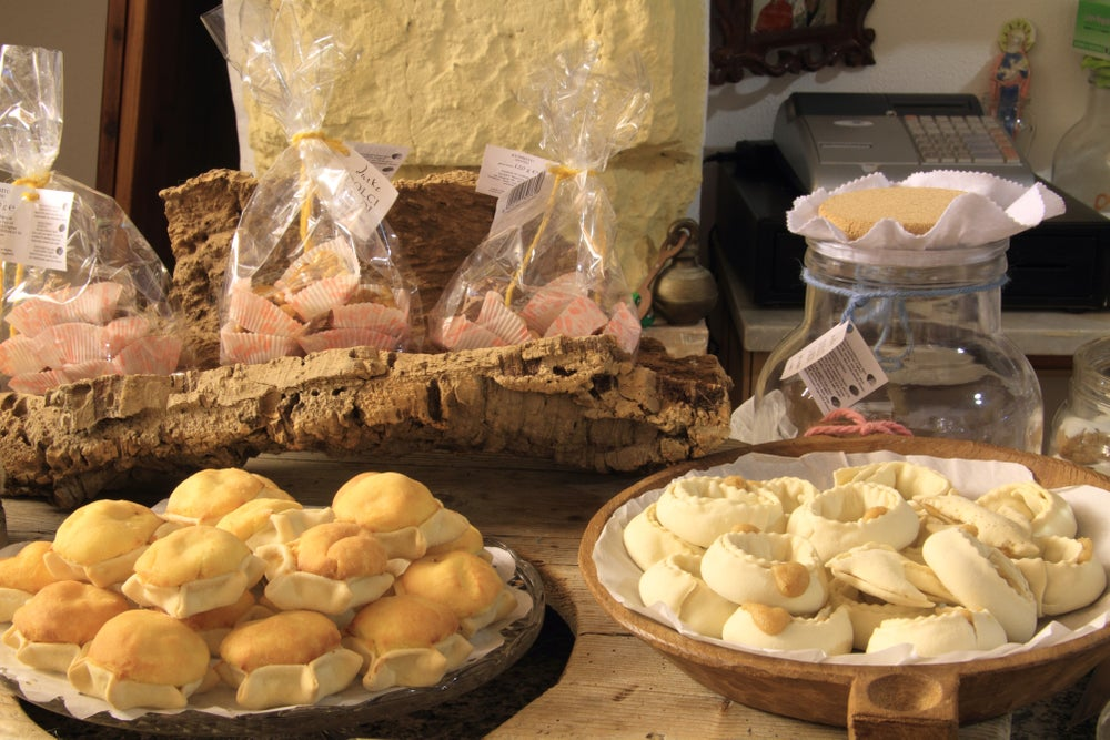 Traditional Sardinian sweets at Durke.