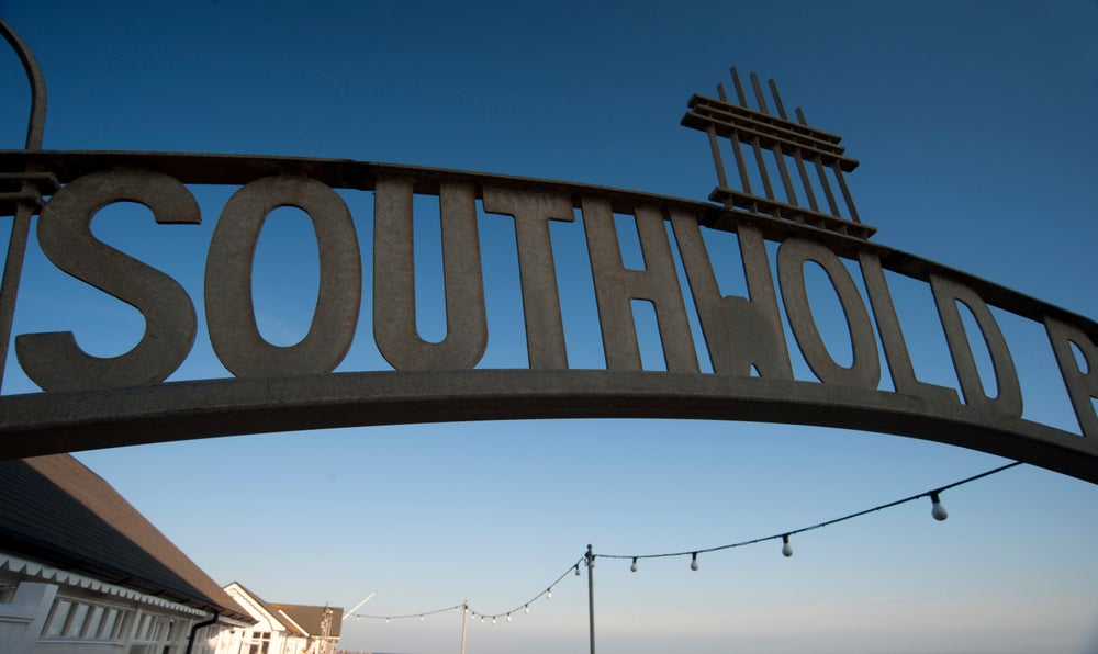 Entrance sign to Southwold Pier.
