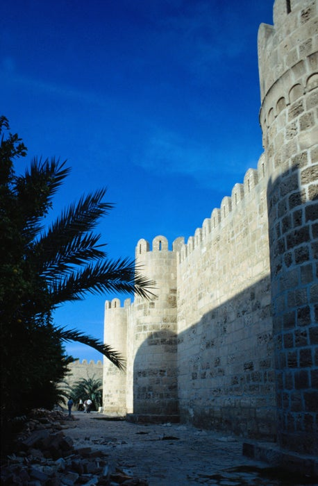 The medina of Sousse, the walls themselves stretch for 2.25 kilometres at a height of 8 metres, built by the Aghlabites in 859 AD on the foundations of the original Byzantine wall