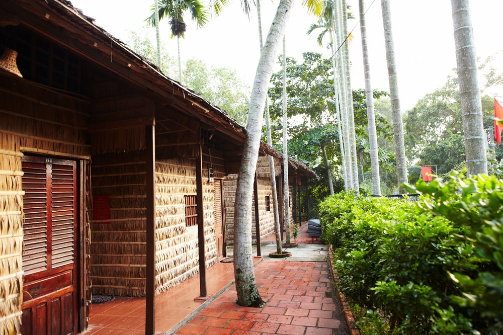 Exterior of cabins at Hung Homestay.