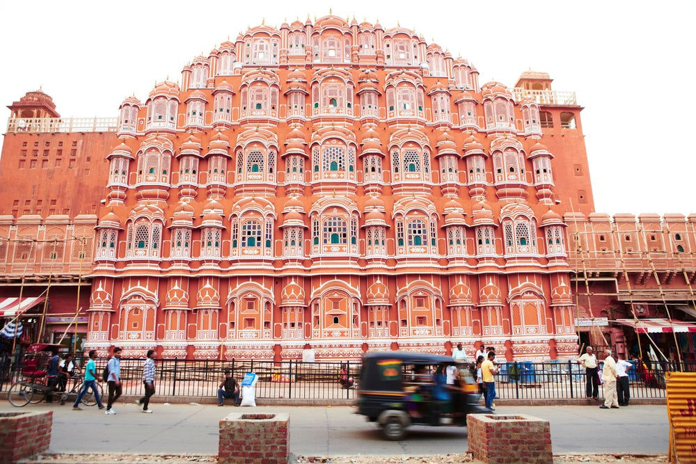 Palace of Winds (Hawa Mahal).