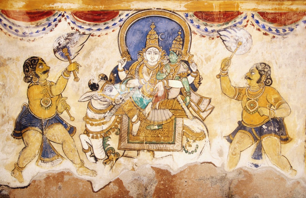 Frescoes adorning the walls of the inner courtyard, Brihadishwara Temple - Thanjavur ( Tanjore ), Tamil Nadu
