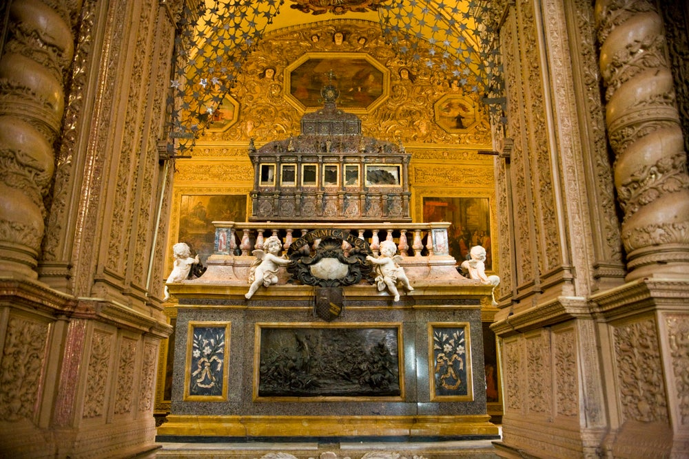 Mausoleum of St Francis Xavier in Basillica of Bom Jesus.