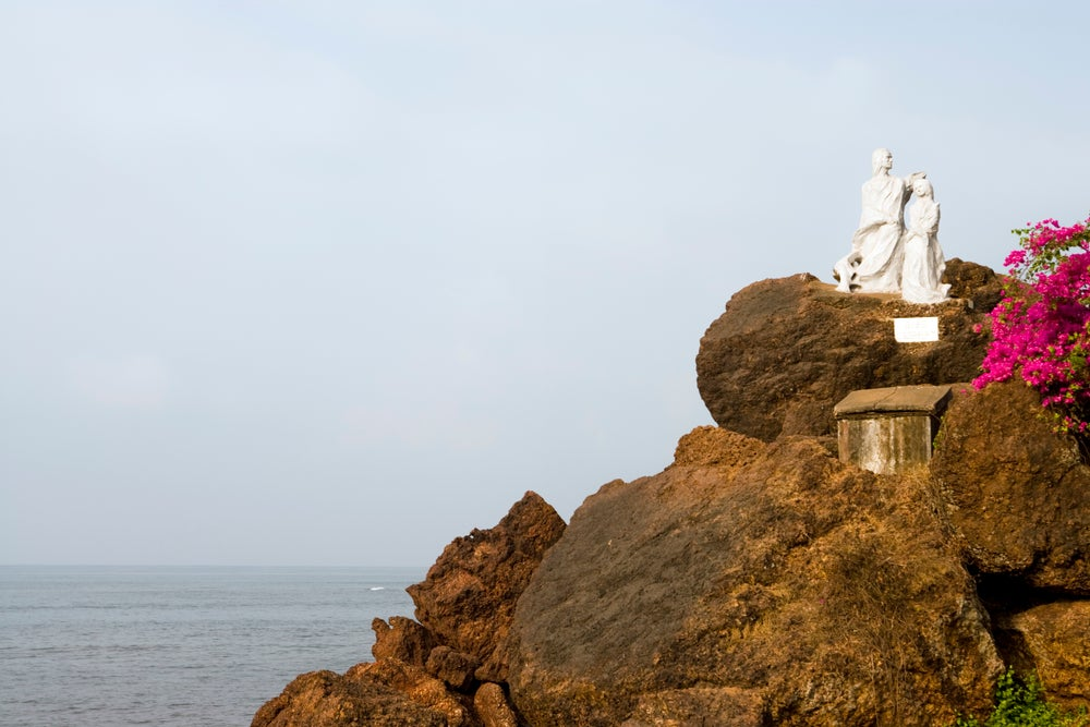 Images of India Statue, Dona Paula