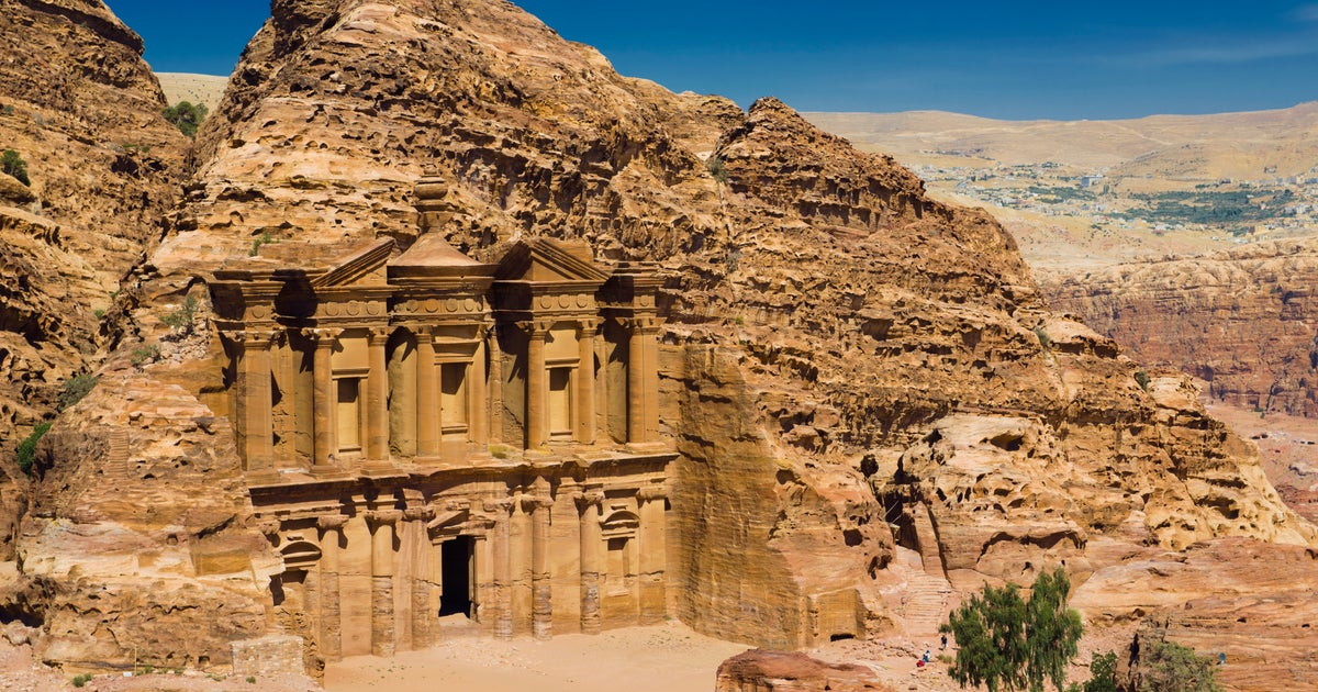 new styles 8e3ae 63ba0 Plugs, sockets and electricity in Jordan - Lonely Planet
