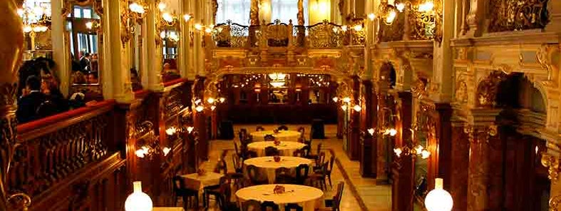 Bars and coffee houses of Budapest - Lonely Planet