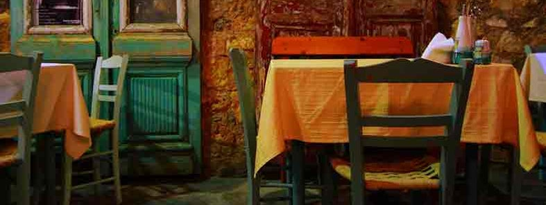 Portes, the best place to dine in old-town Chania by Vassil Tzvetanov